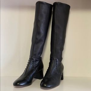 Coach Britney Boots